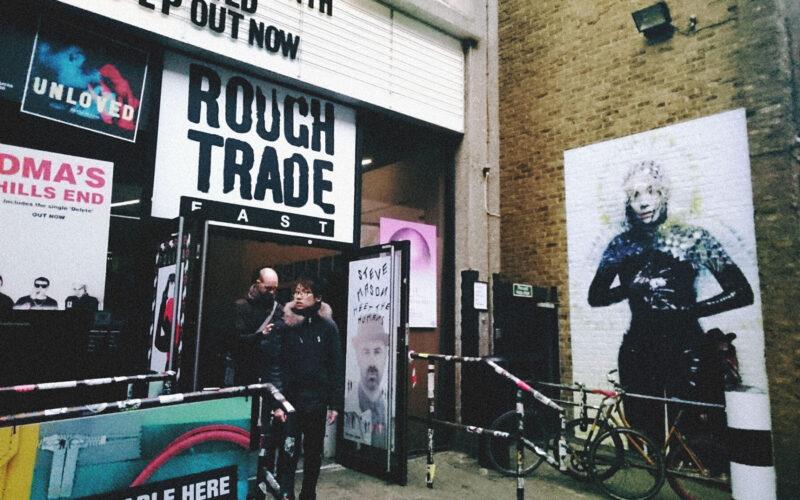 Entrada Rough Trade