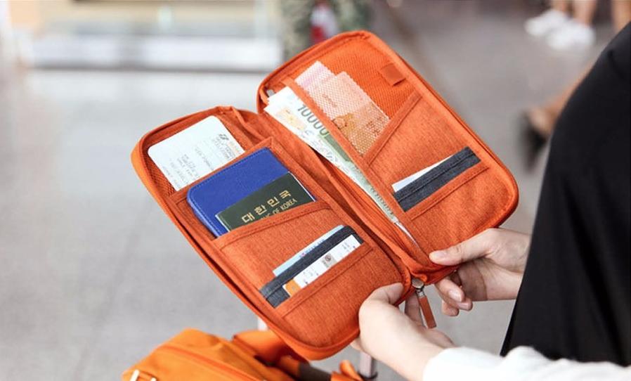 Perrengues em viagem : perder passaporte e documentos