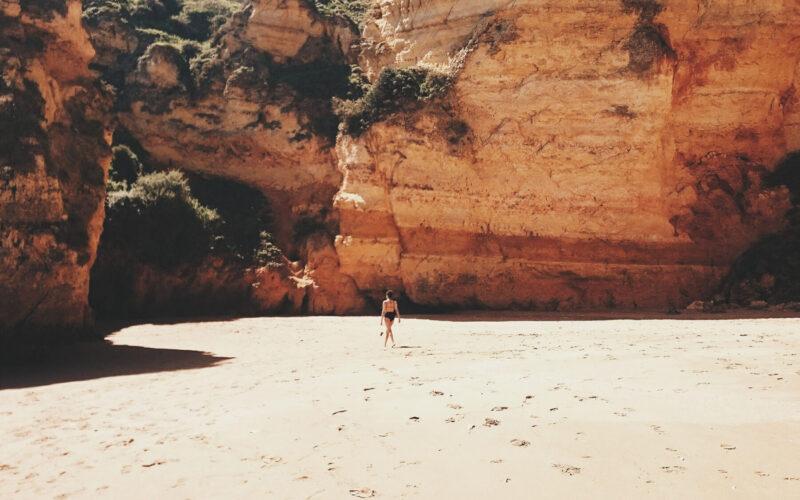 dona-ana-praia-portugal