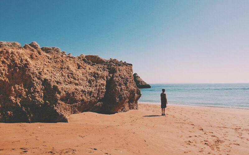 praia-dona-ana-portugal