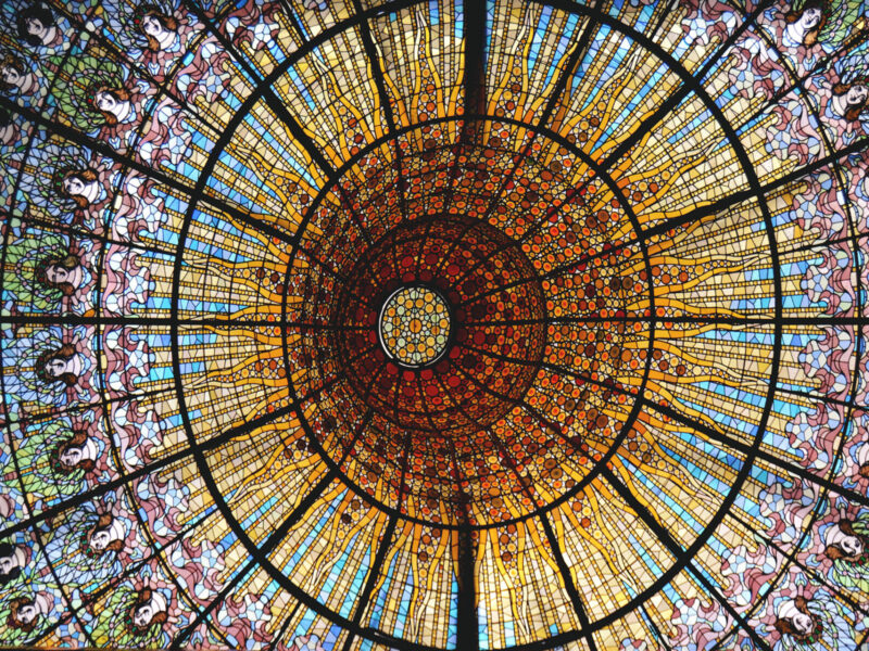 Vitral do teto do Palácio da Música Catalã, Barcelona