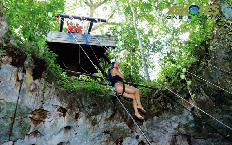 Rapel para o Lu`um Cenote Tierra