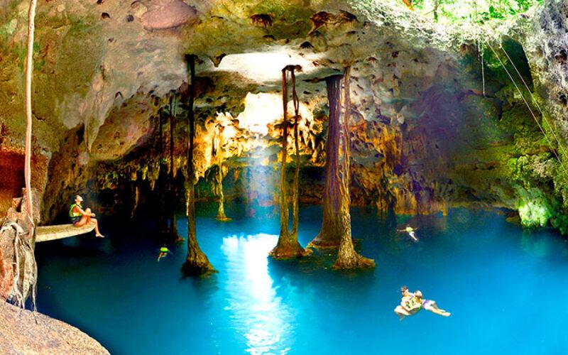 Lu`um Cenote Tierra