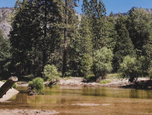 California Rio no Yosemite Valley