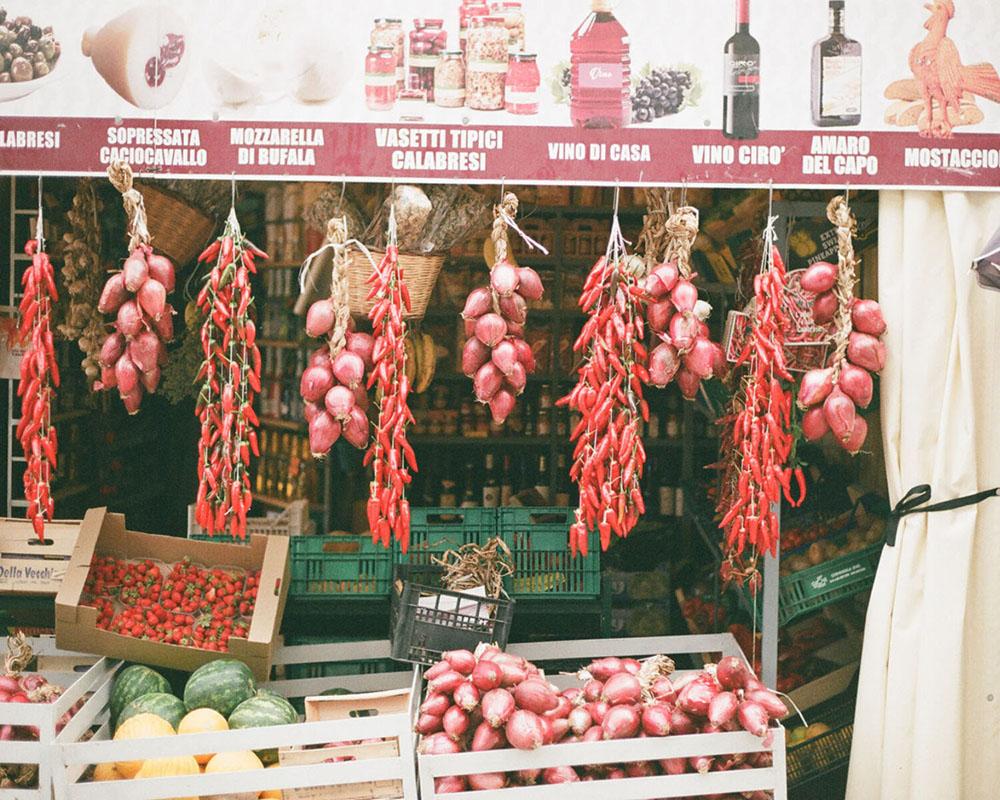 Vendinha de cebola em Tropea